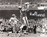 Erich Barnes Autographed 8x10 New York Giants B&W Photo- JSA Authenticated