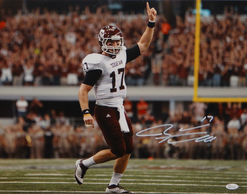 Ryan Tannehill Autographed 16x20 Pointing Up Photo- JSA W Authenticated