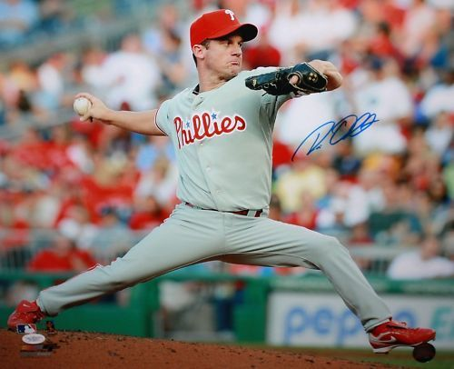 Roy Oswalt Autographed 16x20 Phillies Pitching Photo- JSA Authenticated