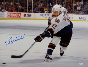 Peter Bondra Autographed Washington Capitals 16x20 Shooting Photo- JSA W Auth
