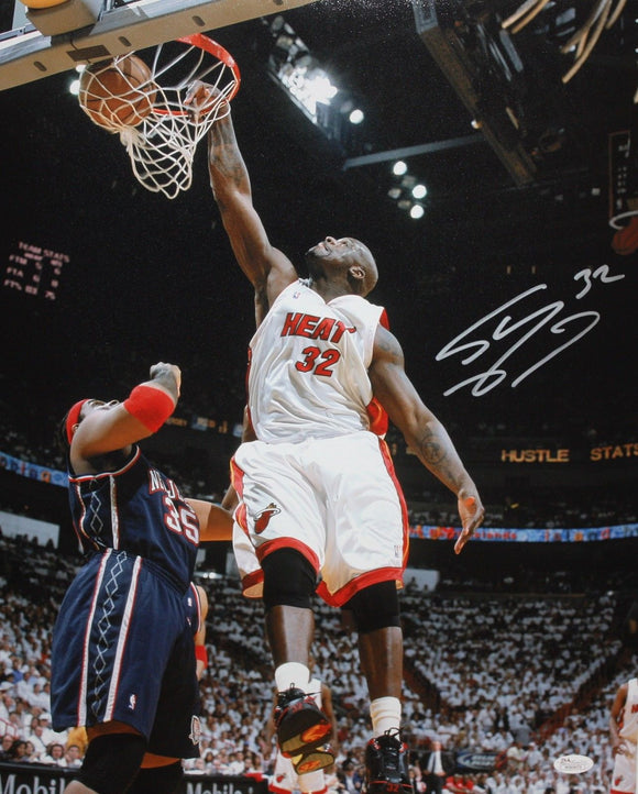Shaquille O'Neal Autographed 16x20 Miami Heat Dunking Photo- JSA W Authenticated