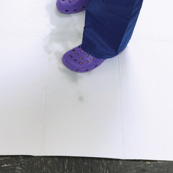 FloorDRY Absorbent Mat