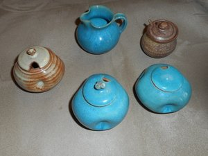 CANADIAN POTTERY SERIES - KIT ROSS