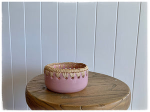 PAYA boutique - Raffia edge Ceramic bowl - Dusty Rose - medium online at PAYA boutique