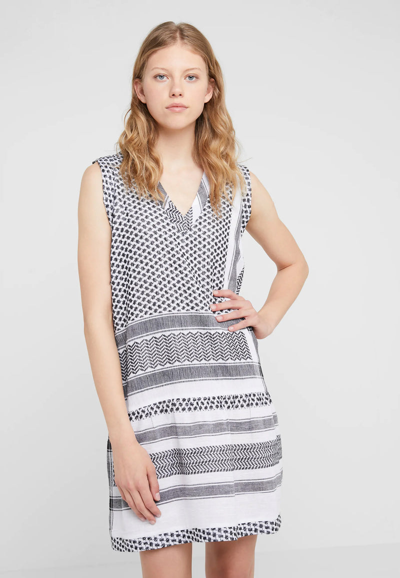 Buy Dress 2 V No Sleeve from CECILIE COPENHAGEN at PAYA boutique