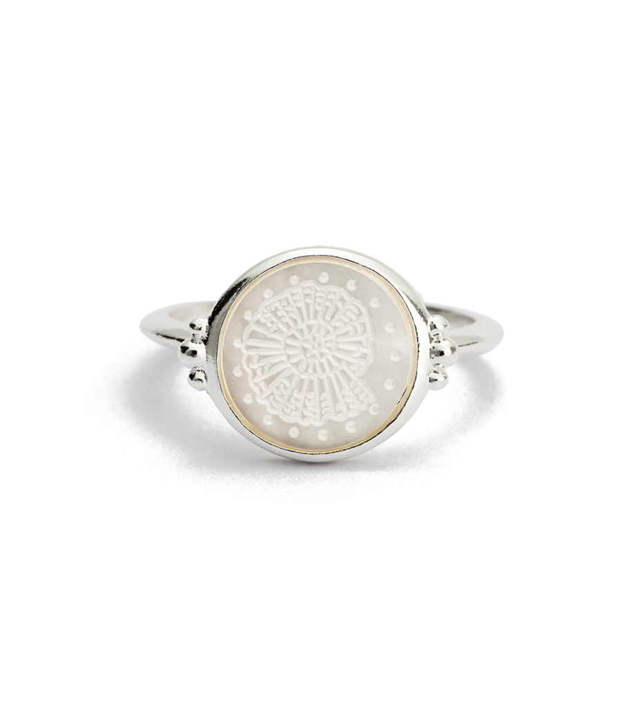 KIRSTIN ASH - Fossil Shell Ring online at PAYA boutique