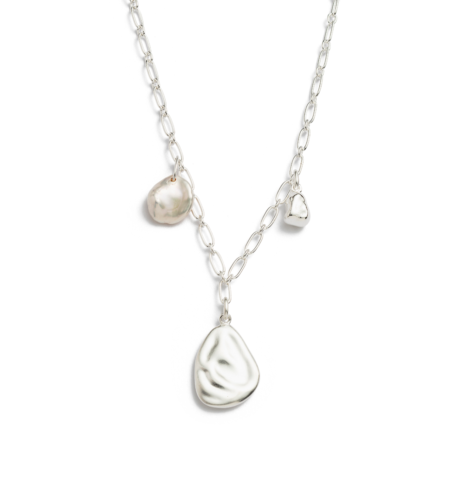 Buy Tidal Pearl Necklace from KIRSTIN ASH at paya boutique