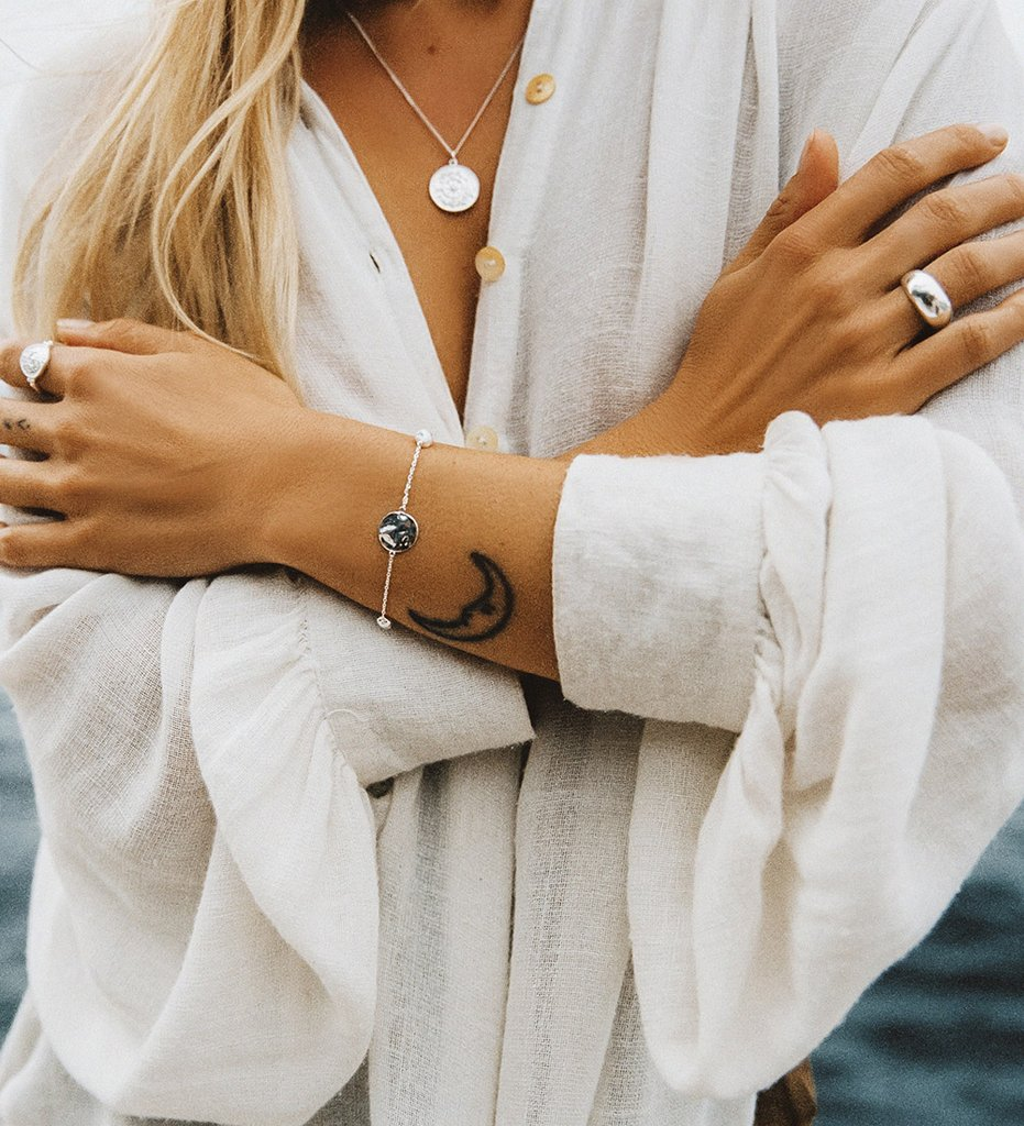 Buy Tidal Ring from KIRSTIN ASH at PAYA boutique