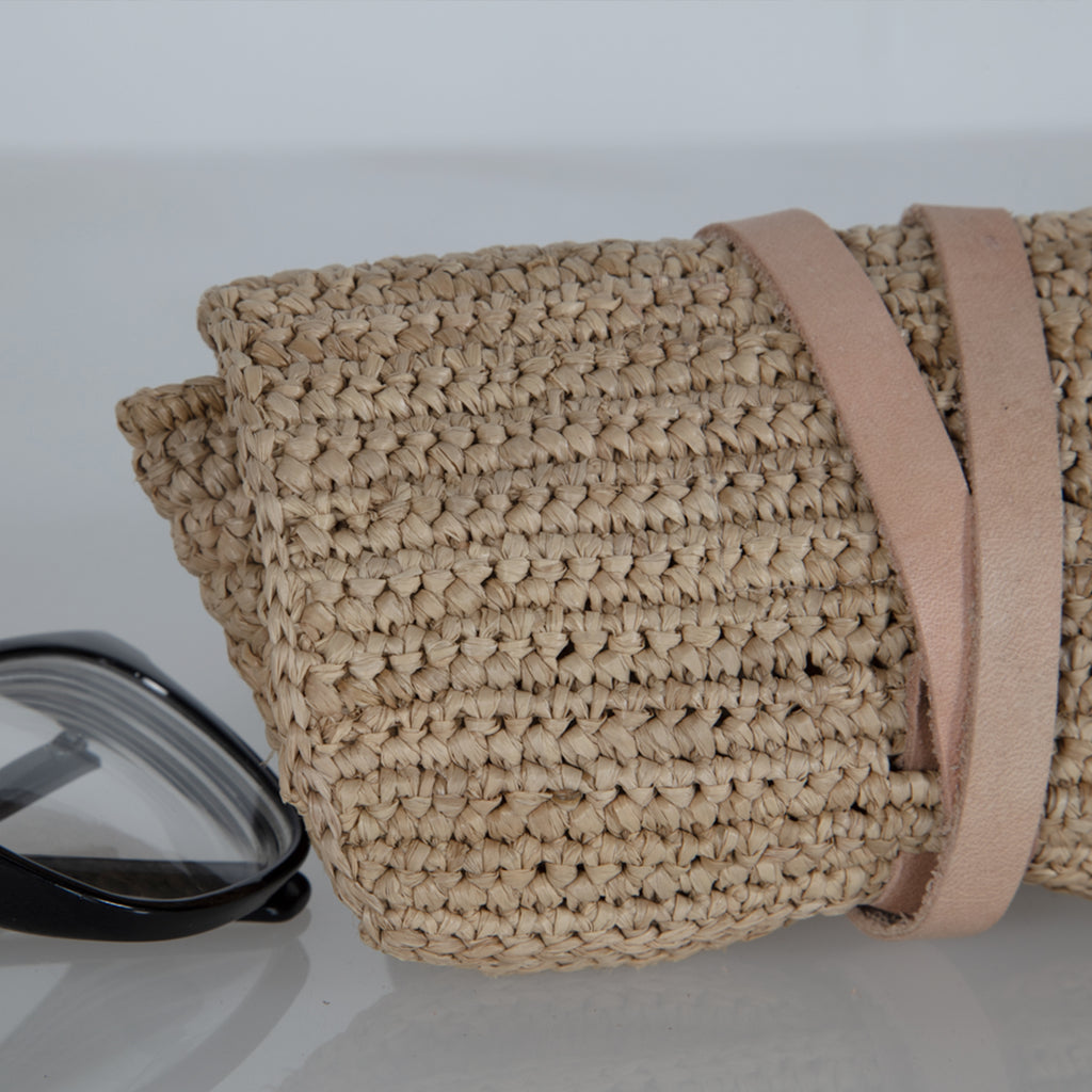 Made in Mada Raffia Isaline Glasses Case - Light Pink available online at PAYA boutique