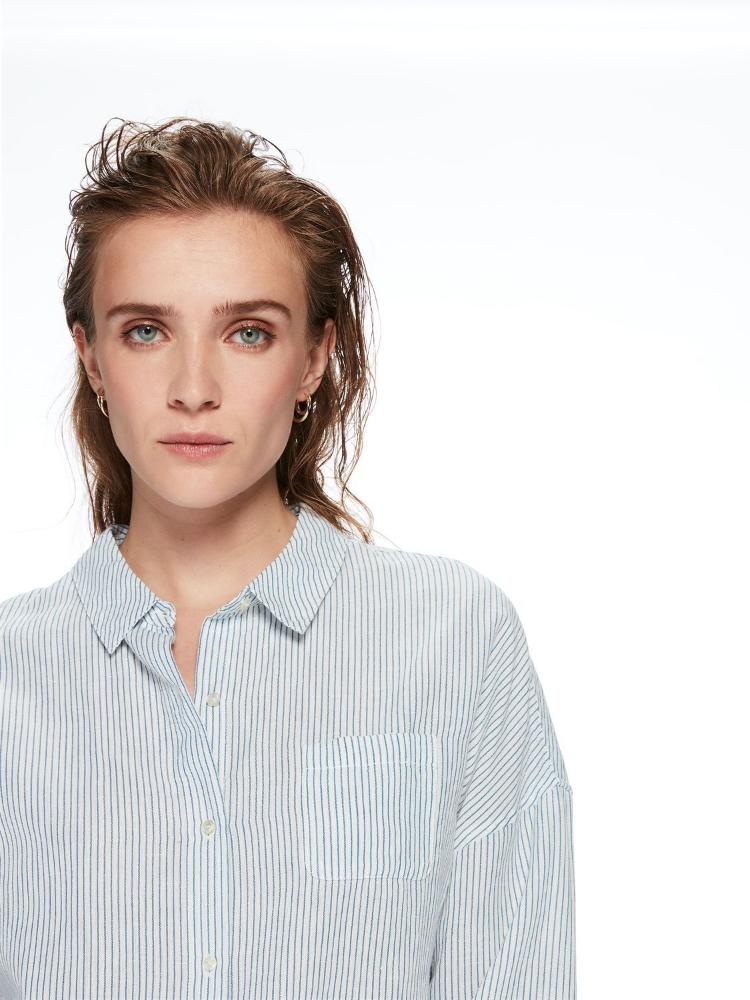 Buy Relaxed Linen Shirt from SCOTCH AND SODA at paya boutique