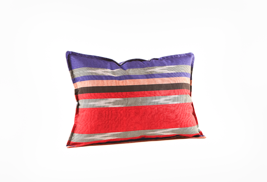 The Kutnu Throw Pillows Red Blue Grey Small 35x50 cm*