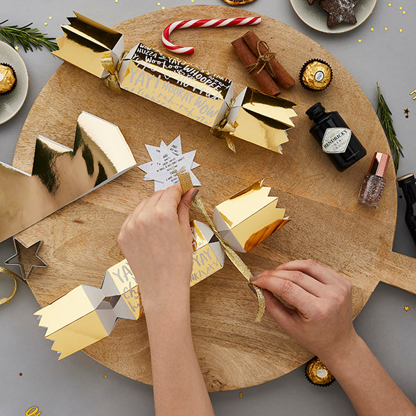 6 Fill Your Own Cracker Set