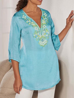 Floral V-Neck Three-Quarter Sleeve Mid-Length Blouse