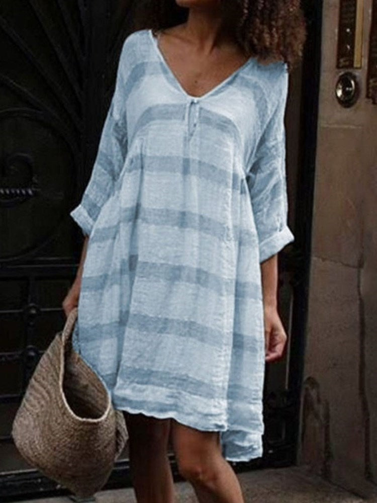 Three-Quarter Sleeve Above Knee V-Neck Casual Pullover Dress