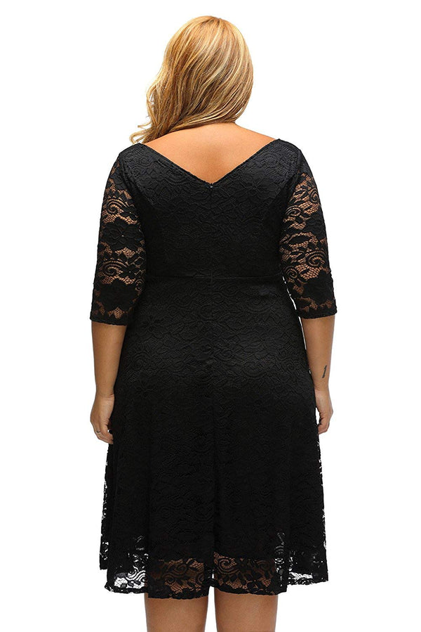 ILFtrend Lace Flowers Scoop Neck Skater Plus Size Black Dress