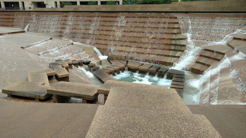 Fort Worth Water Gardens boast interesting architecture, use of water