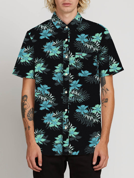 Wave Fayer Short Sleeve Shirt In Black, Front View
