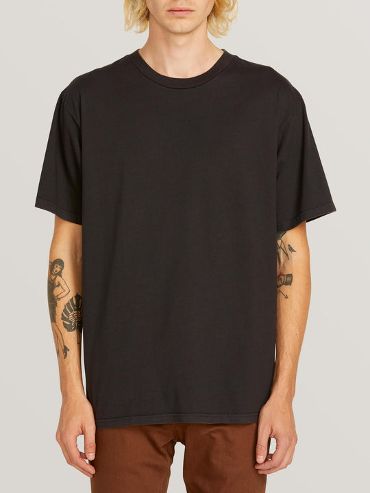 Custom Basic Solid Short Sleeve Tee In Black, Front View