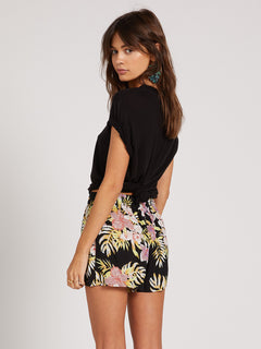 FORGET YOSELF SHORT - BLACK FLORAL PRINT (B0922000_BFP) [B]