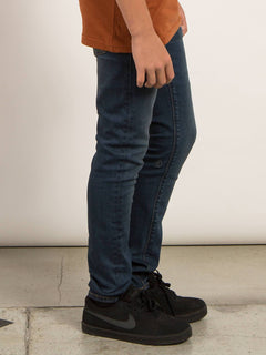 Big Boys Solver Modern Tapered Jeans In Dust Bowl Indigo, Second Alternate View