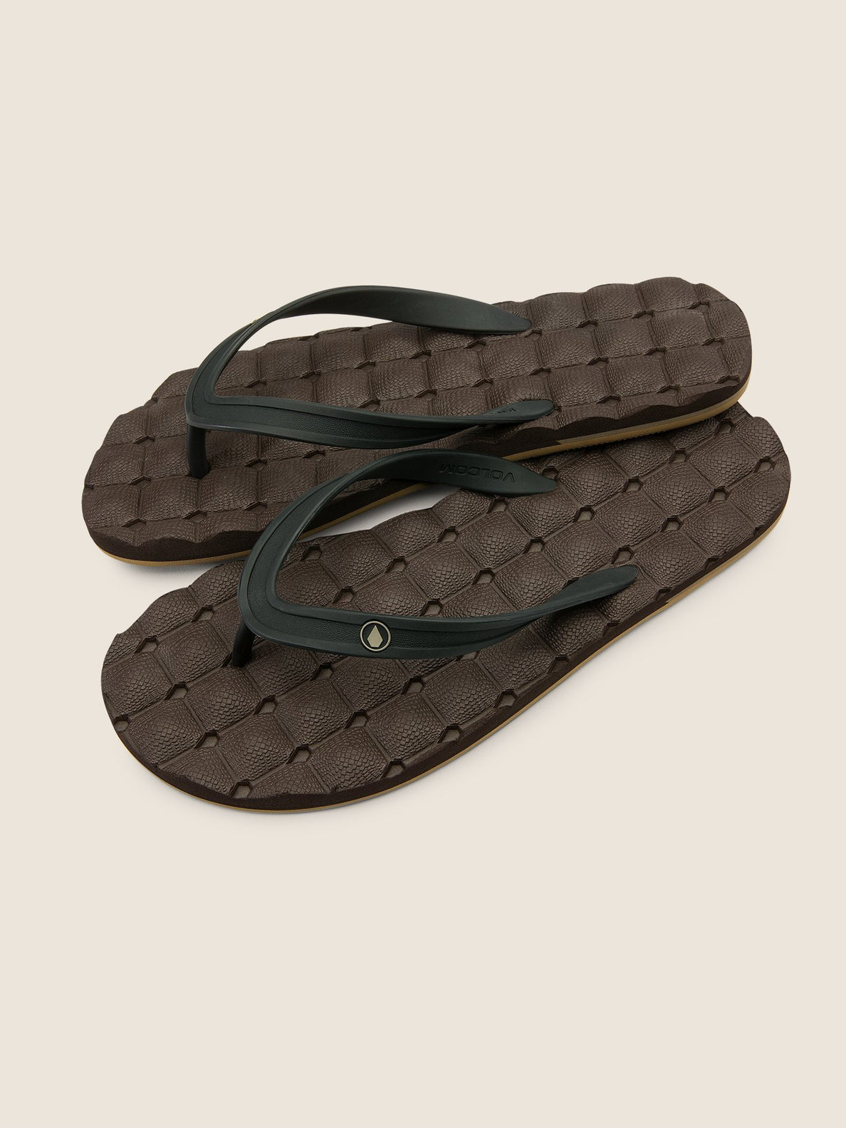 Recliner Rubber 2 Sandals In Brown Combo, Front View