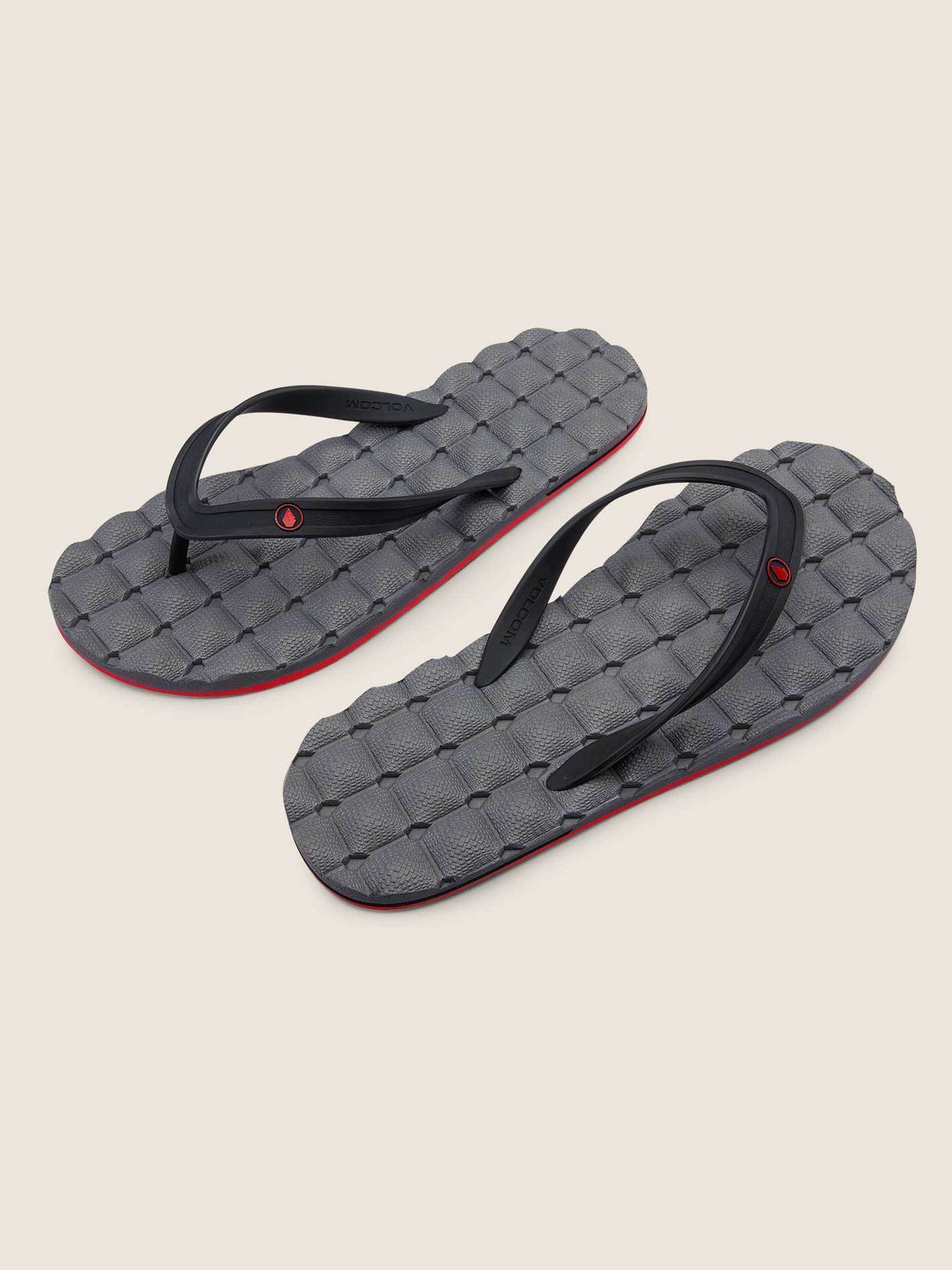 Recliner Rubber 2 Sandals In Pewter, Front View