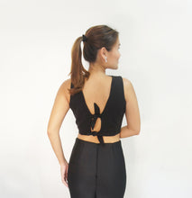 Amaryllis Tie-back Crop Top Black