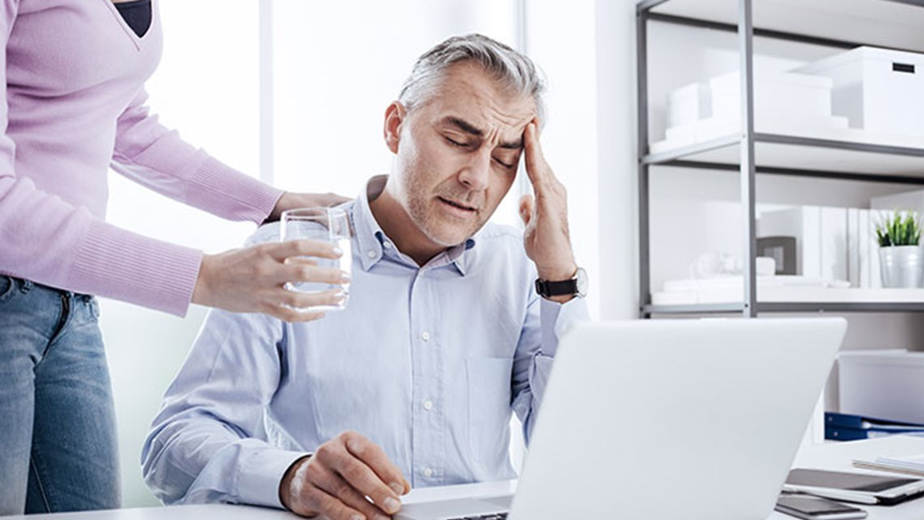 The Truth Behind Headaches and Dehydration