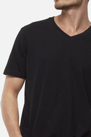 Industrie the new basic vee tee black