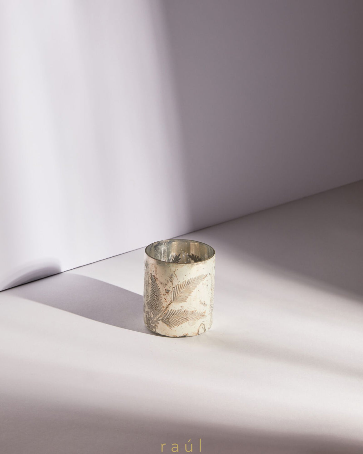 Cream Leaf Tealight