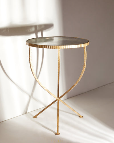 Round Top End Table Small