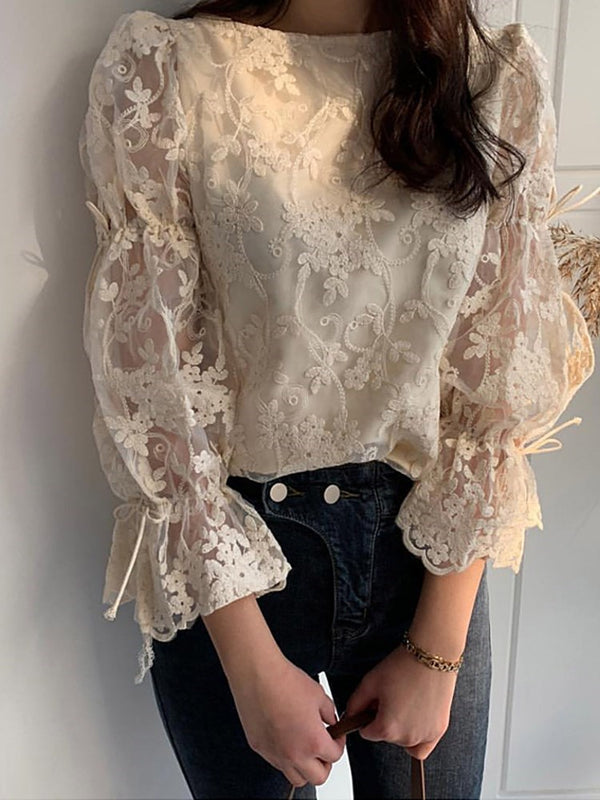 Lace Flare Sleeve Round Neck Standard Nine Points Sleeve Blouse