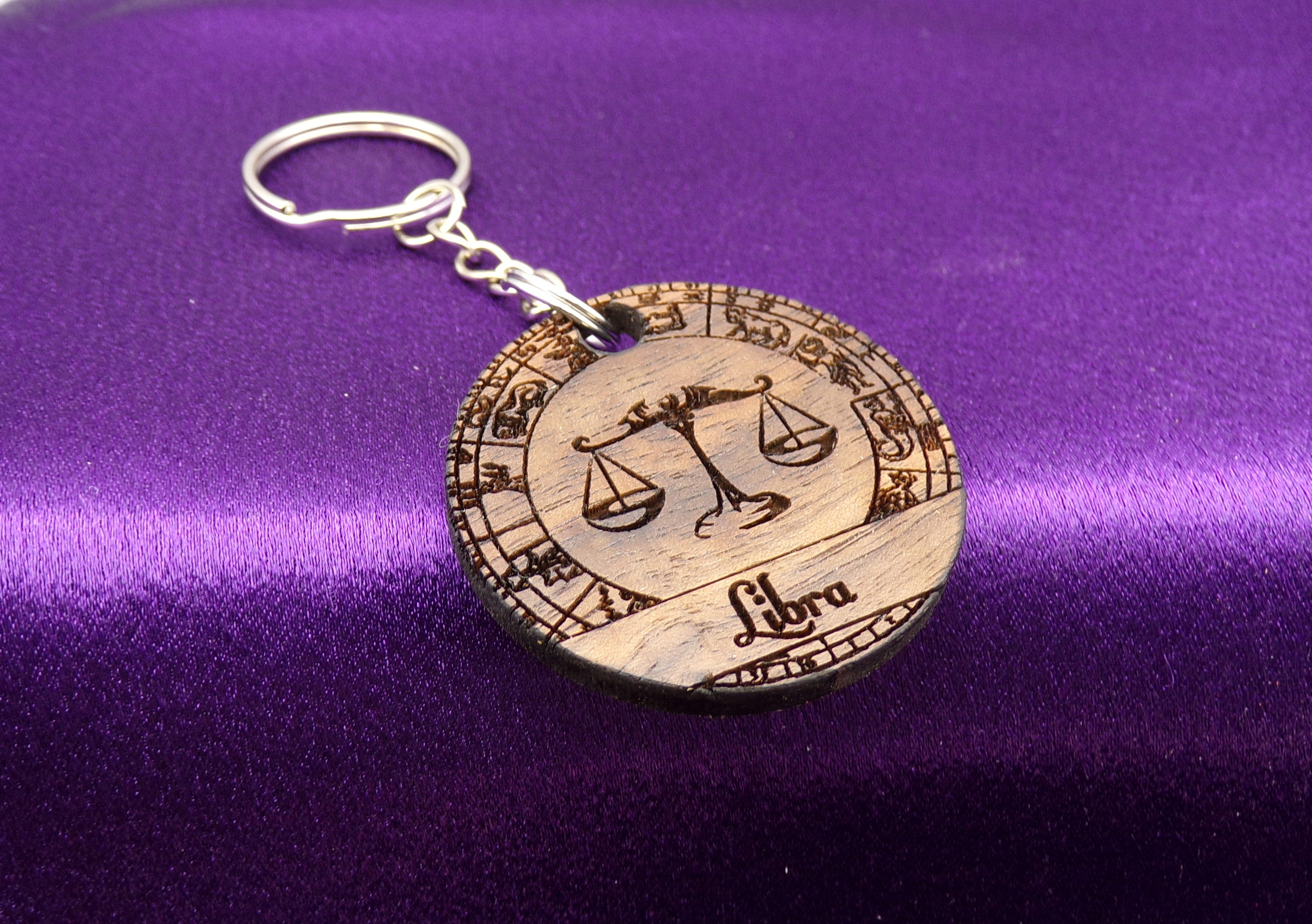 Libra Key chain - Walnut