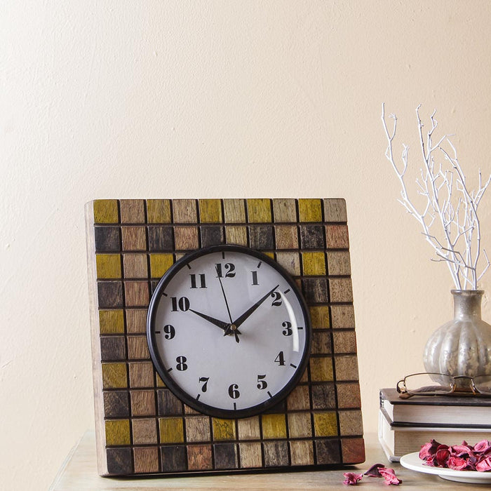 Bartlett 9 Square Table Clock