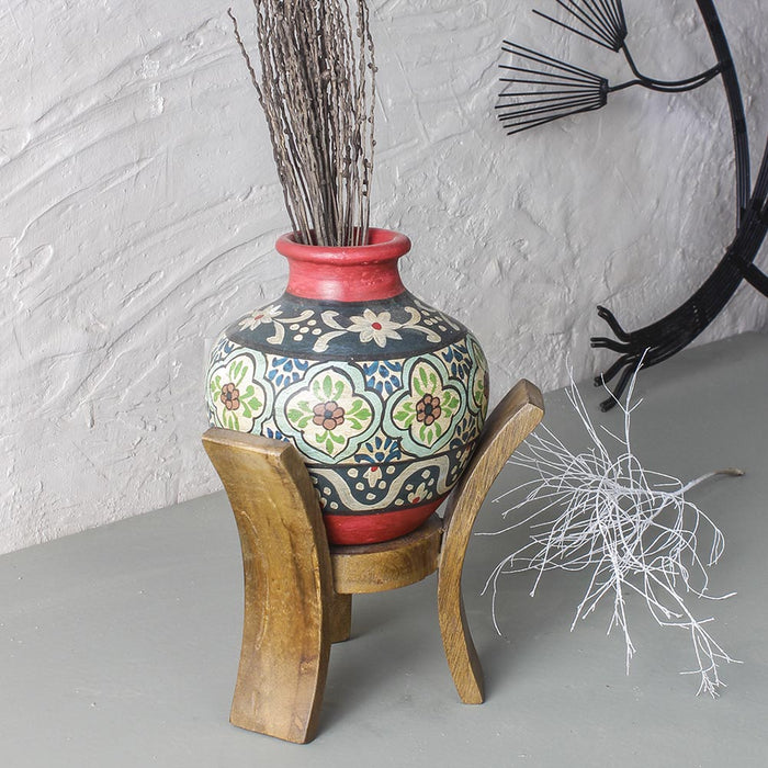 Danya Amphora vase on wooden stand