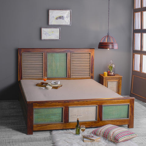 Horace Solid Wood Bed in vintage Finish