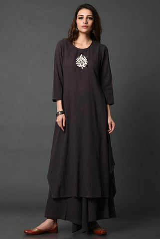 Black cotton kurta with hand-embroidered patch detailing