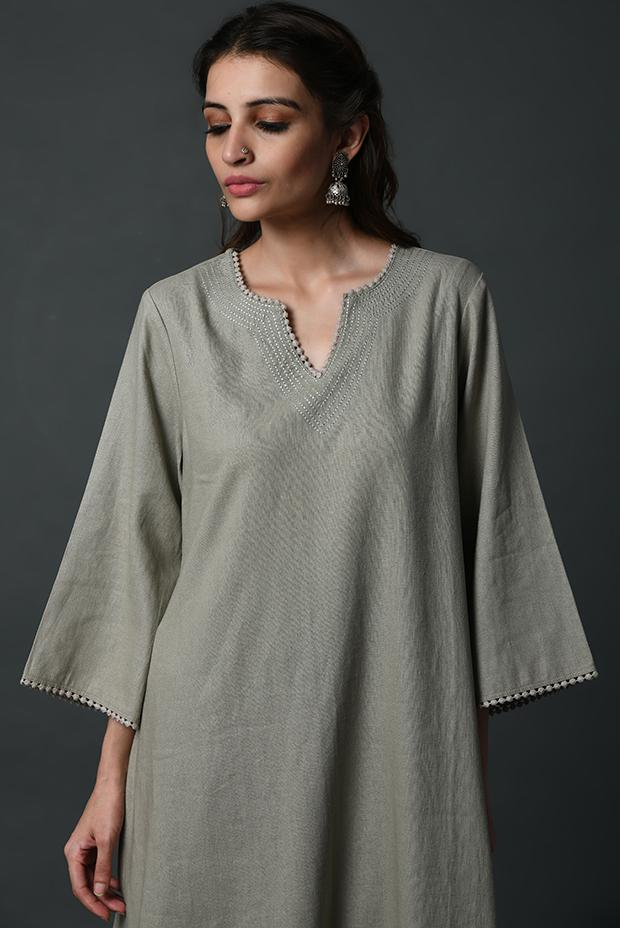 Linen relaxed kurta with bell sleeves