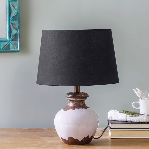 Bluebeard Half Glossy Strawberry Pink Table Lamp