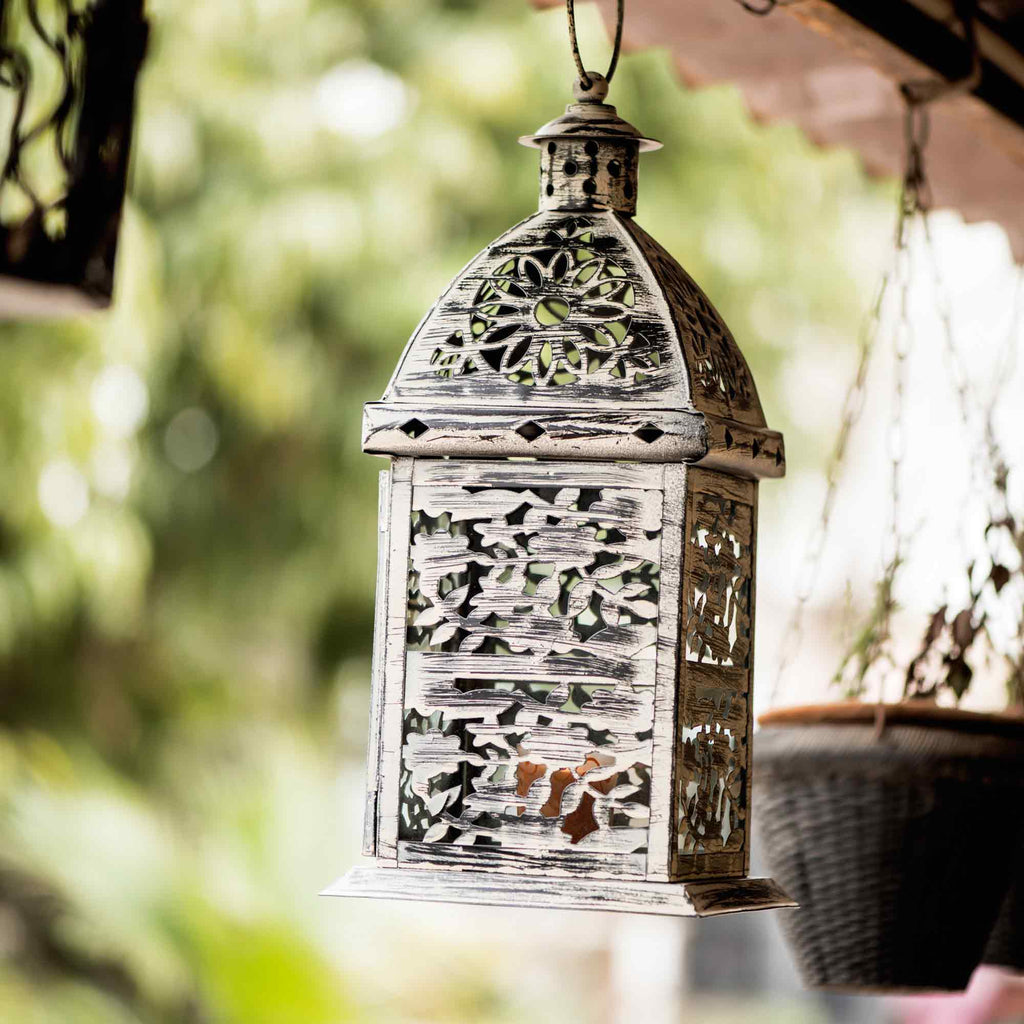 FABULIV White Distress Metal Hanging Lantern