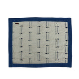 Knitted thread textured Table Mat set of 4