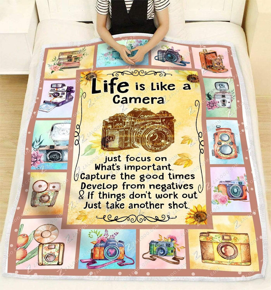 BLANKET Life is like a Camera