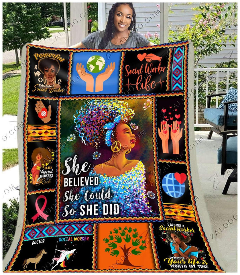 BLANKET - SOCIAL WORKER - She believed she could so she did - yenyenstore