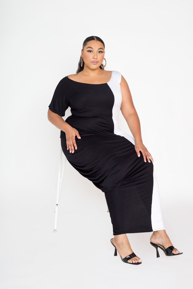 buxom curvy couture womens plus size colorblock dress with slit and cowl in black and white