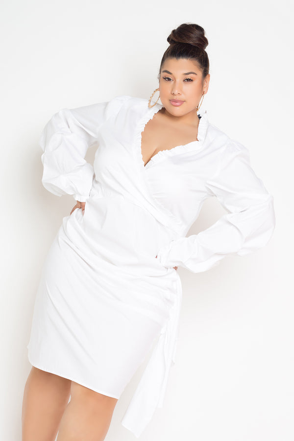buxom curvy couture womens plus size side shirred faux wrap dress in white