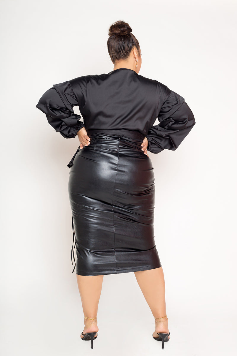 buxom couture curvy women plus size faux leather laced midi skirt black