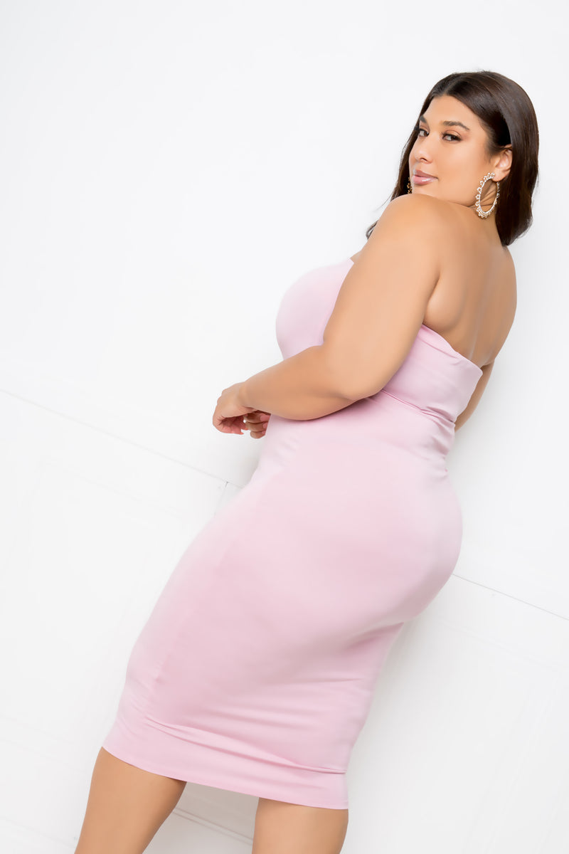 buxom couture curvy women plus size strapless midi tube dress mauve pink blush