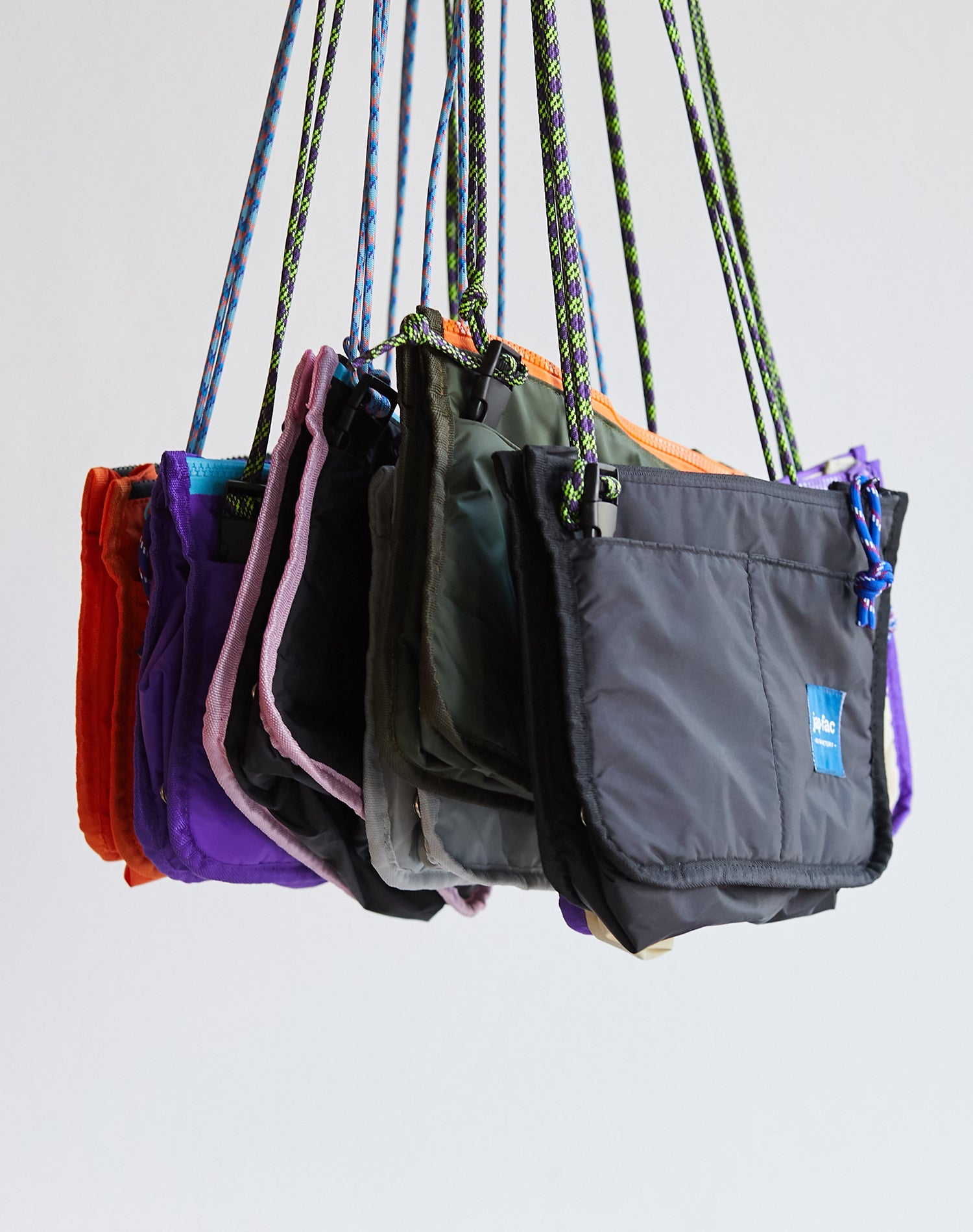 Purple Candy Waterproof Nylon Shoulder Bag.紫色防水尼龍單肩斜挎袋