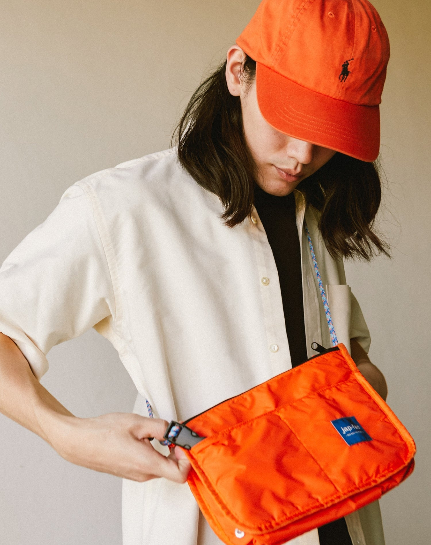 Orange Candy Waterproof Nylon Shoulder Bag.橙色防水尼龍單肩斜挎袋