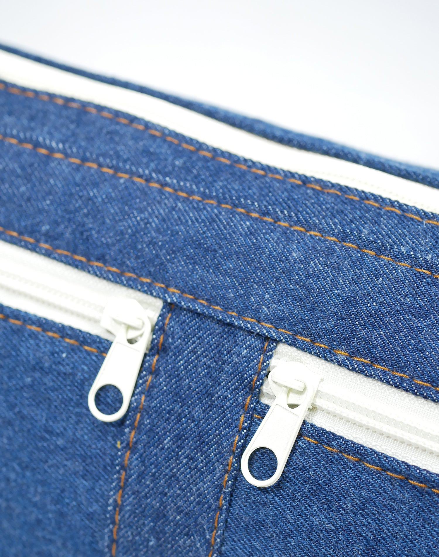 Indigo Denim Canvas Belt Sling Bag.牛仔帆布斜揹腰包